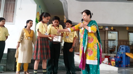 SWACHHAGRAHI ST. KABIR SCHOOL, NARANPURA BEGINS WITH A BANG_.2