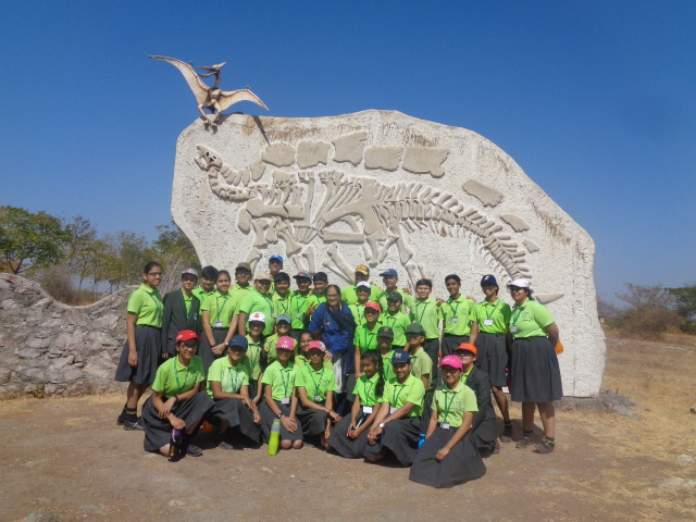 PHOTO 4 OF DINOSAUR FOSSIL PARK