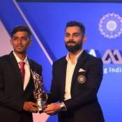 Manan Hingrajia ex St.Kabir player receiving best batsman award for scoring maximum runs in India for U-23 from legendary Captain of India Virat Kohli !!!!